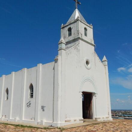 church, Nikon COOLPIX L830