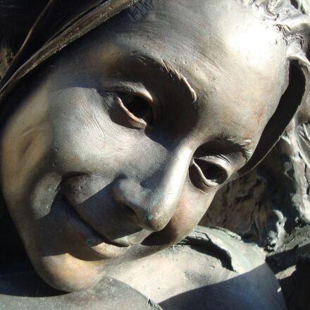 face, female, statue, Sony DSC-W120