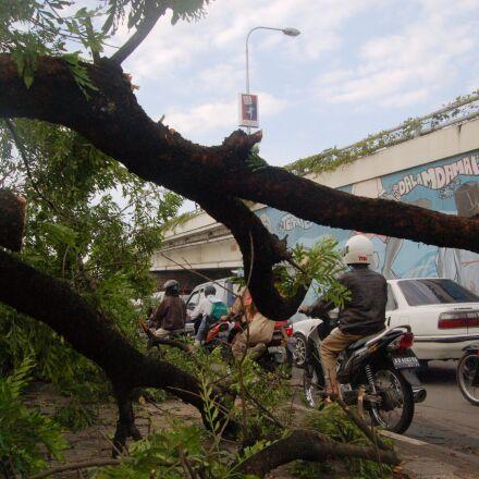 hurricane, indonesia, journalism, motorcycle, Nikon D50