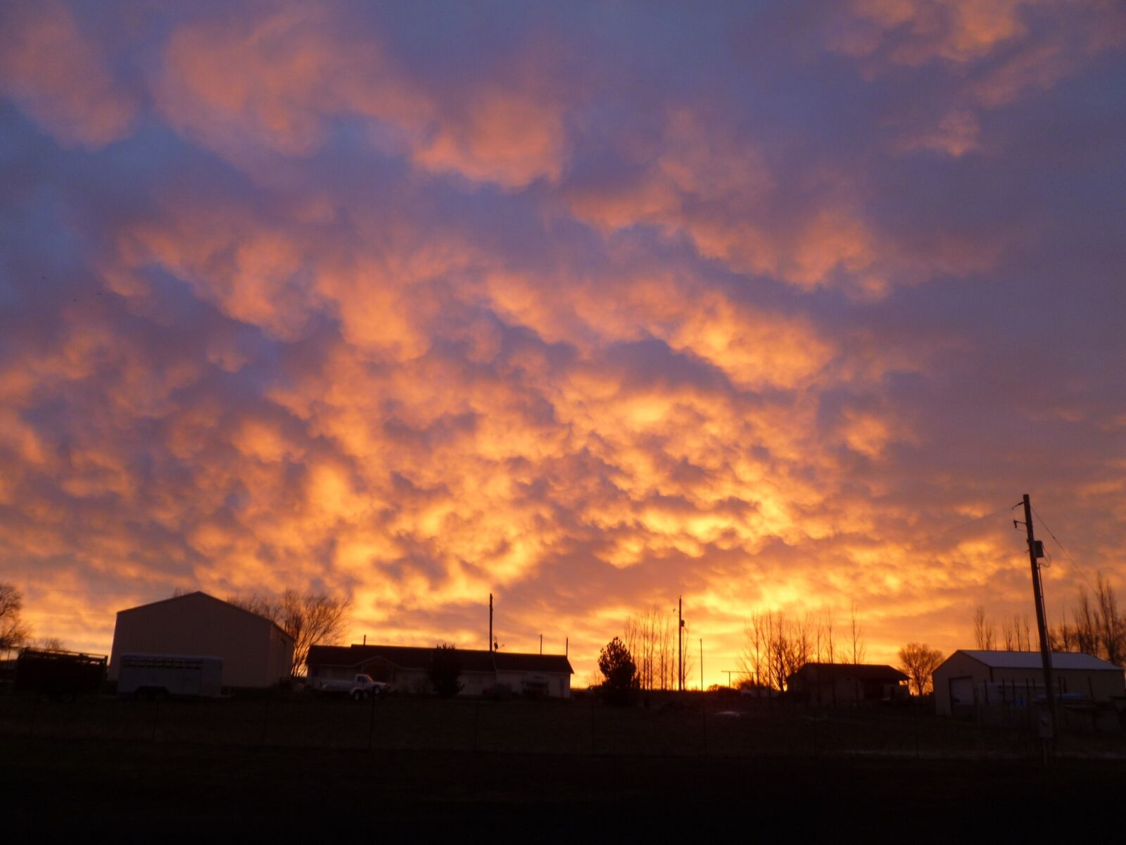 "Panasonic DMC-FH20 sample photo. ""Sunrise, sky, nature"" photography"