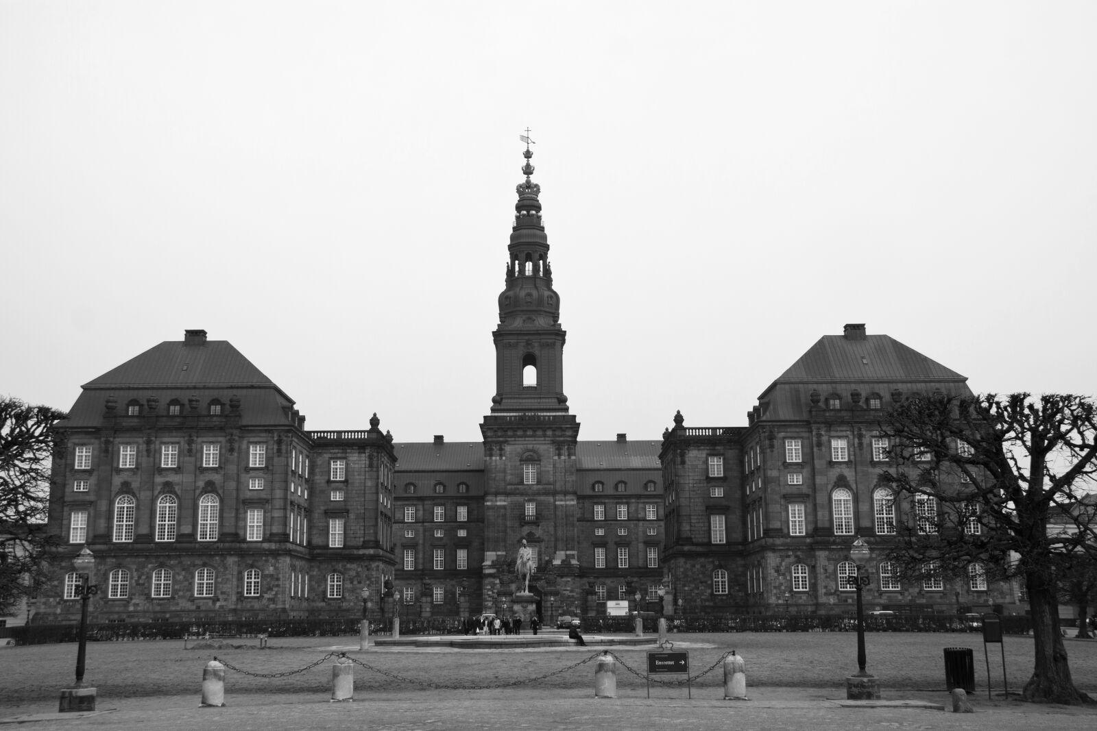 "Canon EOS 50D sample photo. ""Christiansborg, castle, black white"" photography"