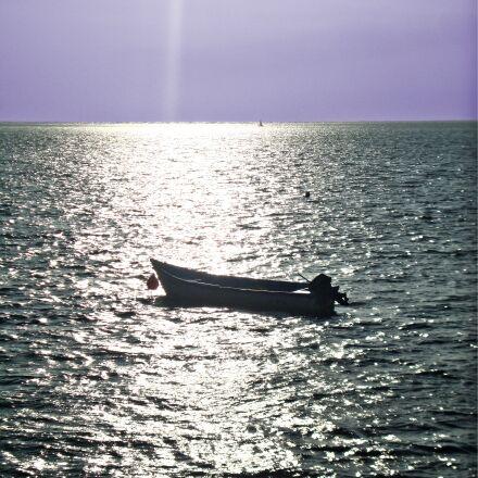solo, boat, bay, Sony DSC-W210
