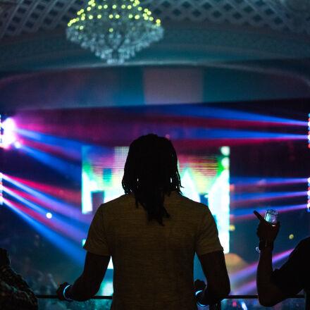 club, nightlife, Sony ILCE-7RM2