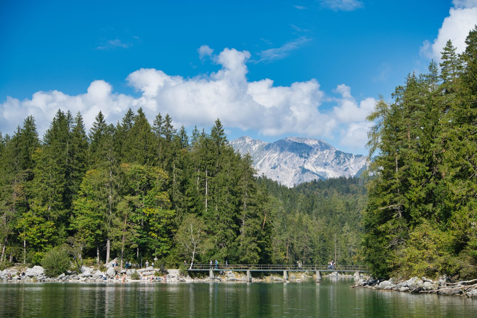 """Sony a6400 sample photo. """"Lake, forest, nature"""" photography"""
