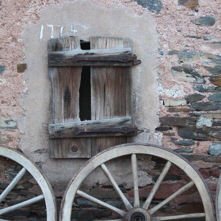 wagon wheel, wheels, old, Canon EOS 600D
