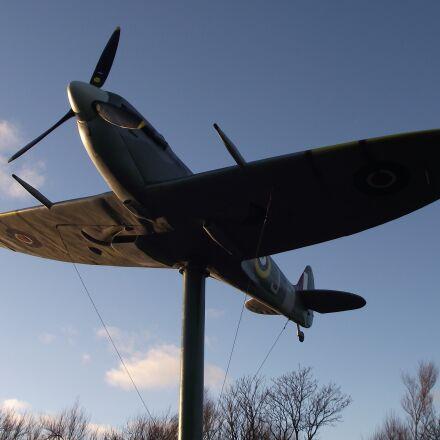 spitfire, aircraft, memorial, Fujifilm FinePix S1800
