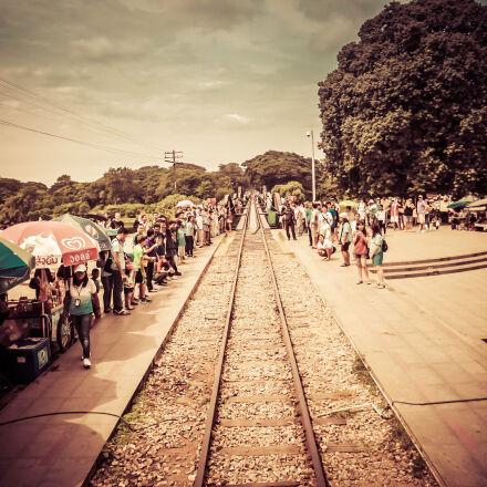 train, Canon EOS 550D