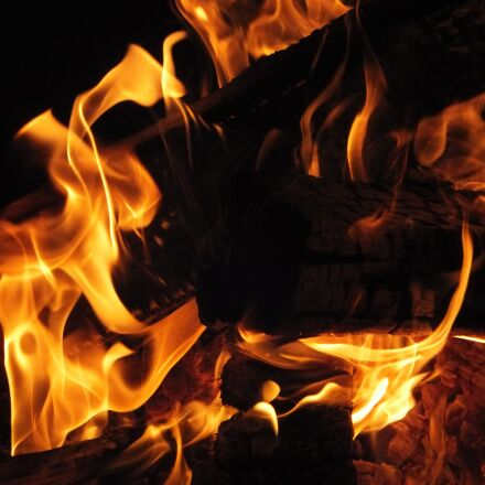 fire, midsummer, flame, Fujifilm FinePix F550EXR