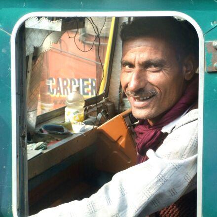 carman, truck, india, Fujifilm FinePix F70EXR