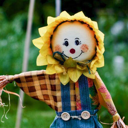 scarecrow, garden, spring, Canon EOS 1100D
