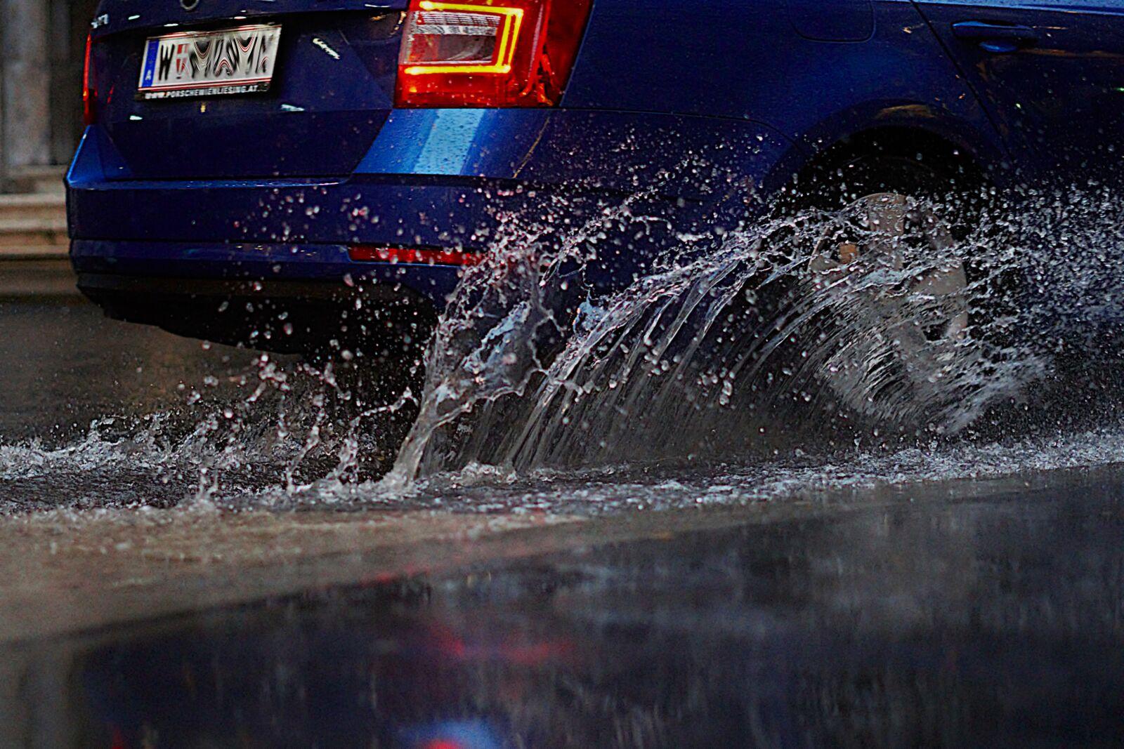 "Sony a6000 sample photo. ""Water, inject, rain"" photography"