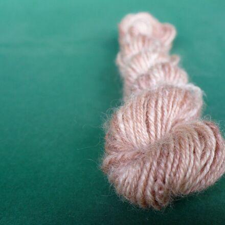 wool, skein, handspun, Panasonic DMC-LZ7