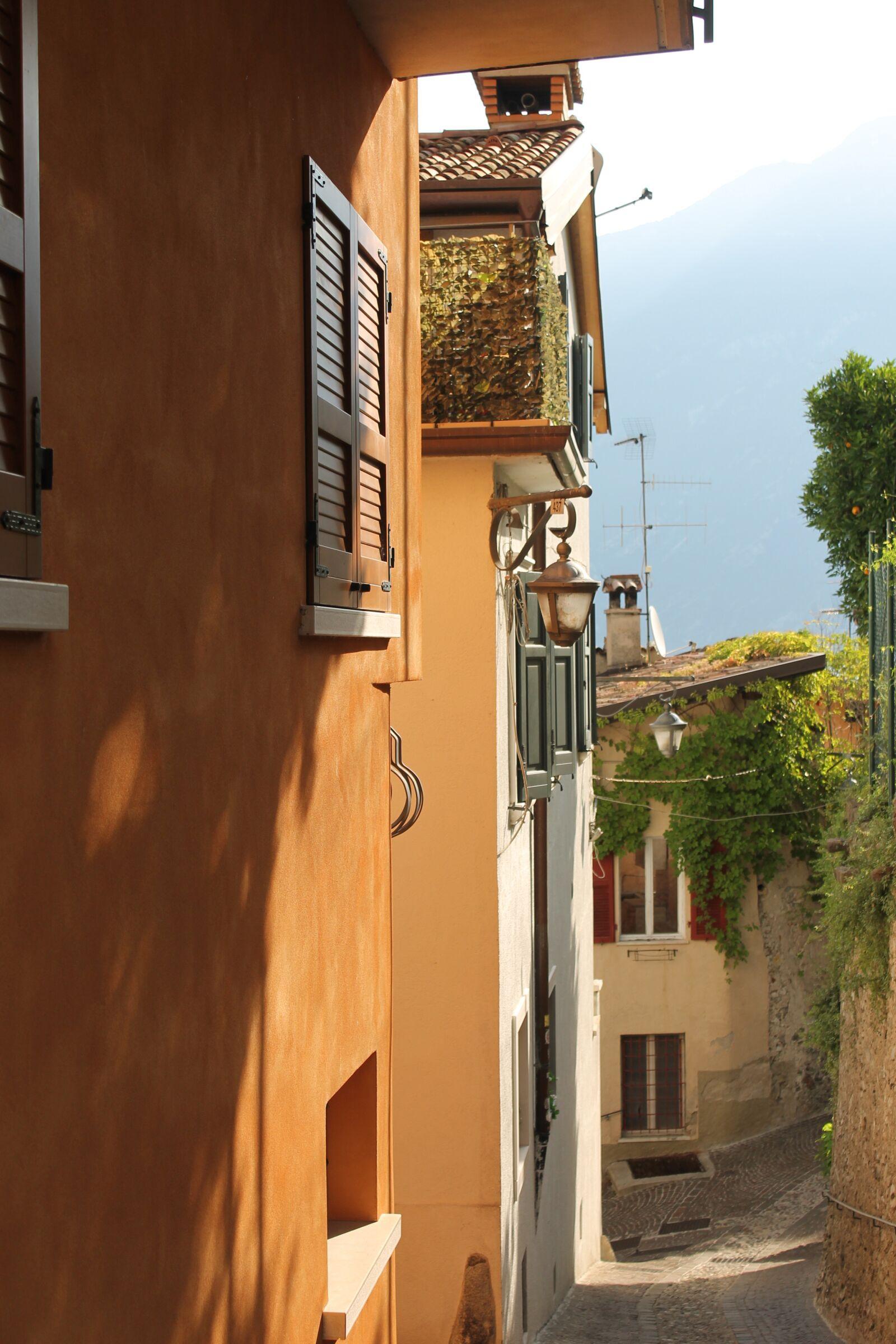 "Canon EOS 1100D (EOS Rebel T3 / EOS Kiss X50) sample photo. ""Village, mediterranean, riviera"" photography"