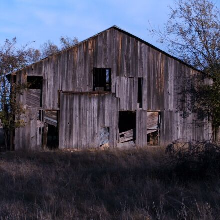 barn, rural, farm, Fujifilm FinePix S3100