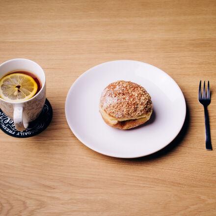 burger, on, white, ceramic, Canon EOS 7D