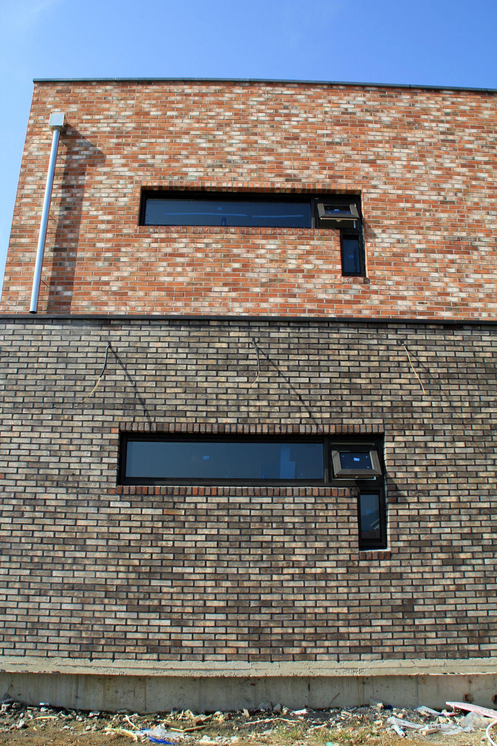 "Canon EOS 60D sample photo. ""Brick, structure, architecture"" photography"