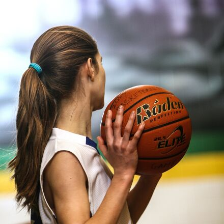 basketball, girls basketball, female, Canon EOS-1D MARK II N