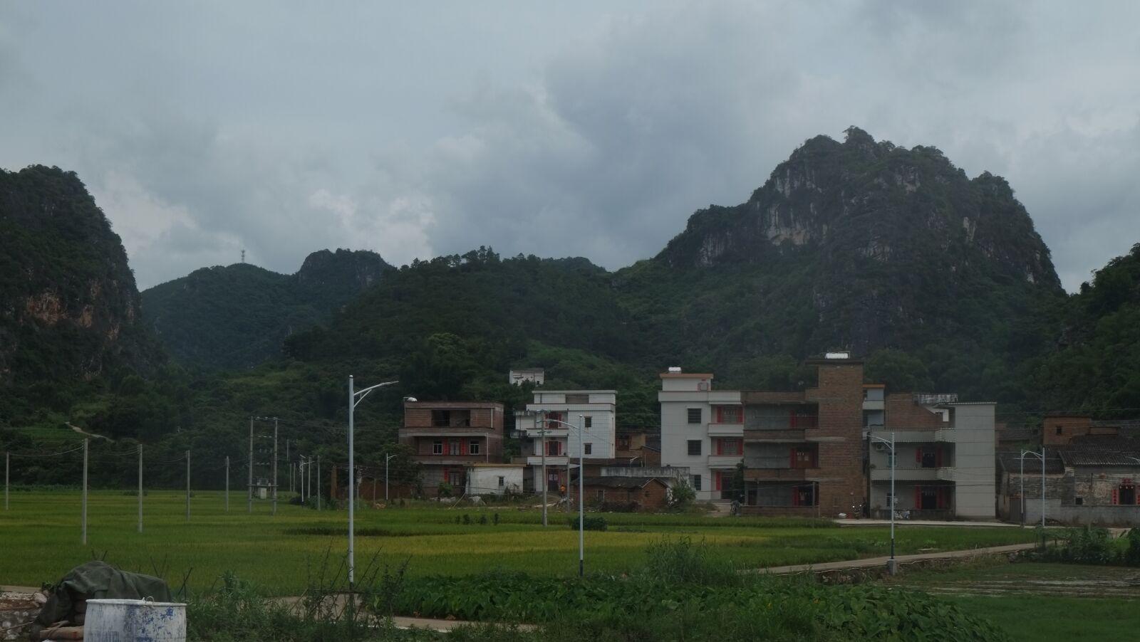 "Fujifilm X-E1 sample photo. ""Mountains, green, the mountains"" photography"