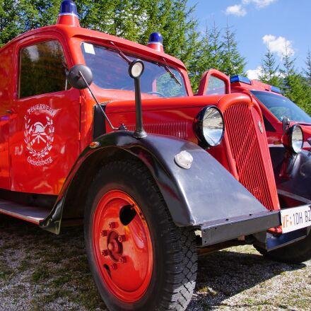 auto, truck, brigade vuoco, Sony ILCA-77M2