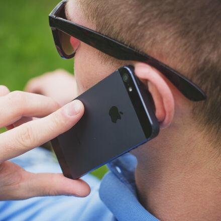person, man, iphone, apple, Canon EOS 60D