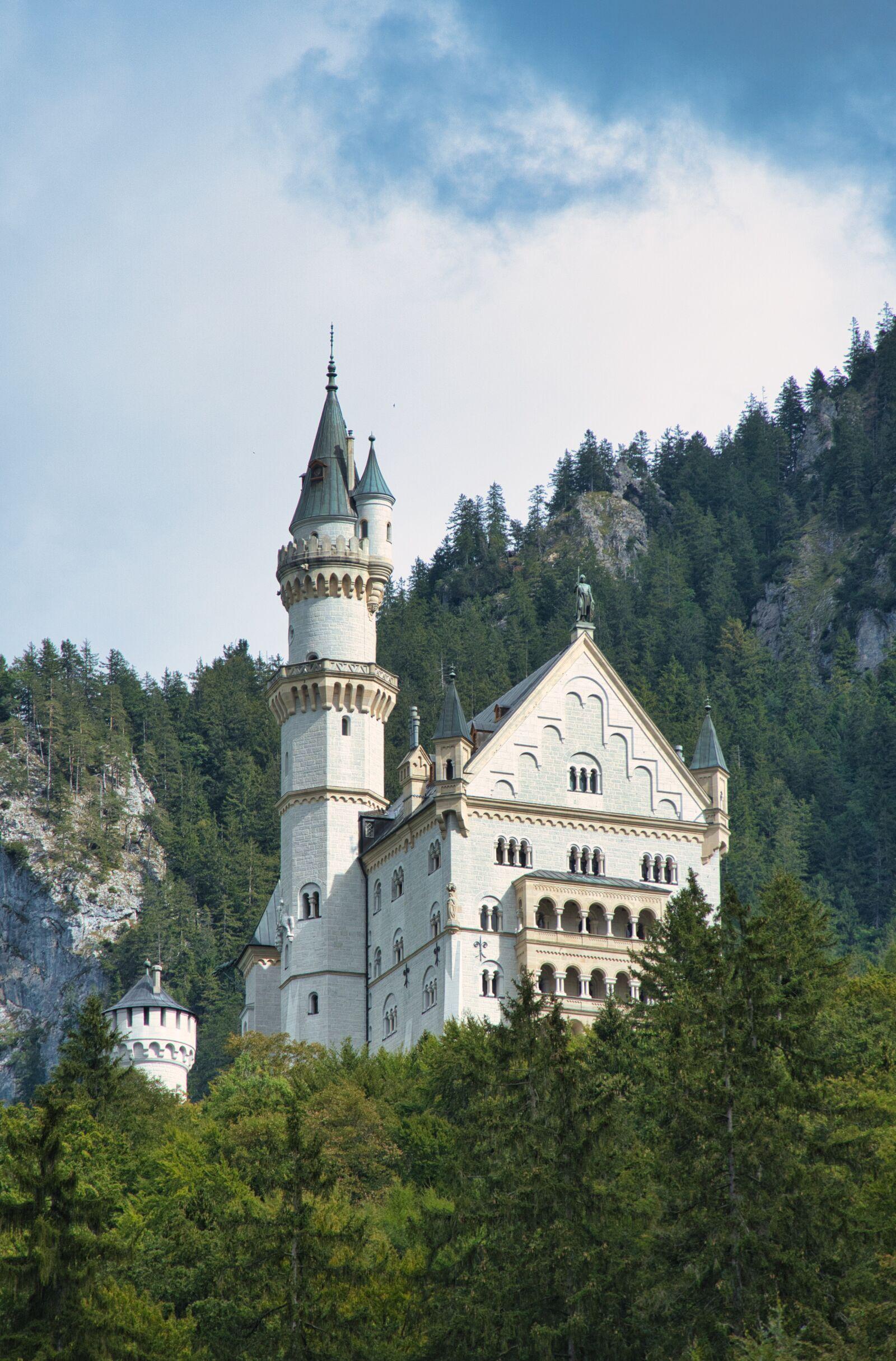 "Sony a6400 sample photo. ""Mountain, castle, kristin"" photography"