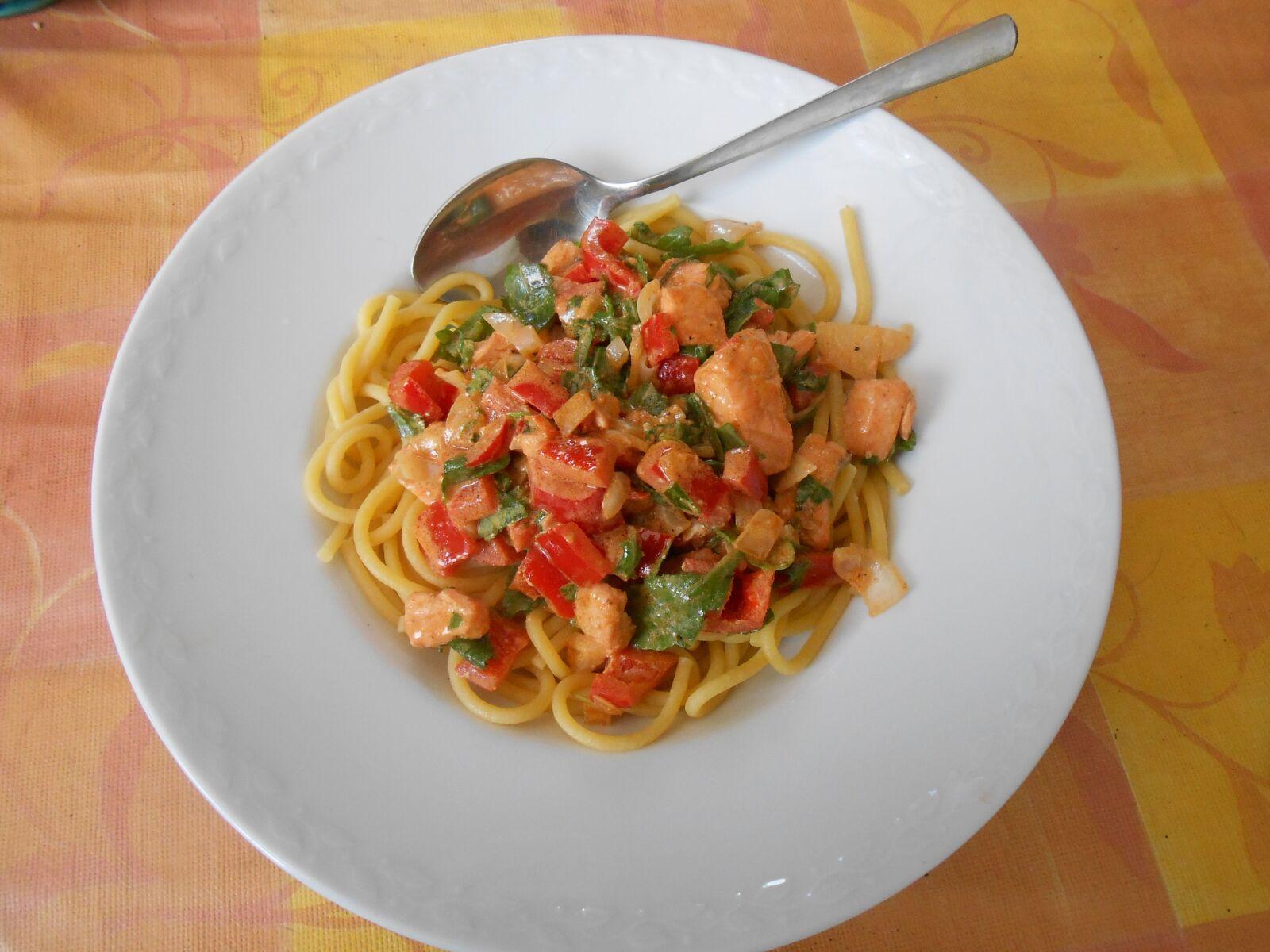 "Nikon Coolpix S4300 sample photo. ""Spaghetti, eat, lunch"" photography"