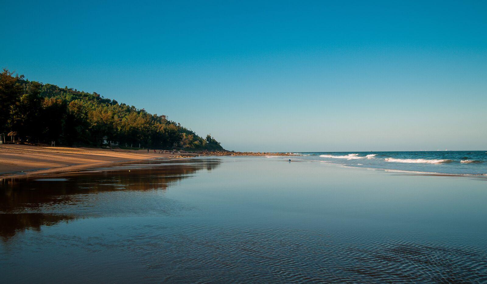 "Nikon D700 sample photo. ""The sea, sand, the"" photography"