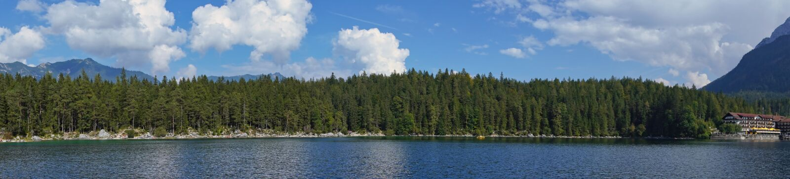 """Sony a6400 sample photo. """"Eibsee, panorama, forest"""" photography"""