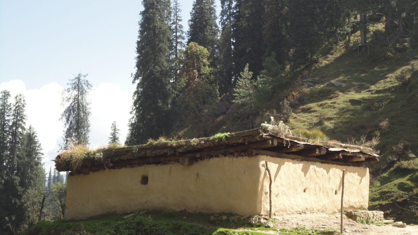 "Sony DSC-W350 sample photo. ""Hut, village, mountains"" photography"