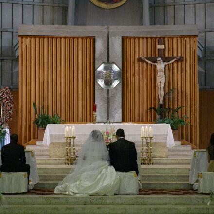 church, mass, holy, Panasonic DMC-L1