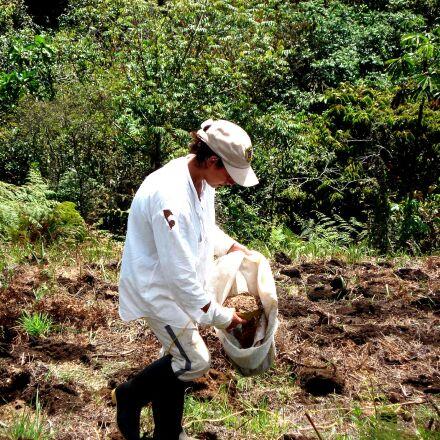 female, farmer, Colombia, training, Sony DSC-W30