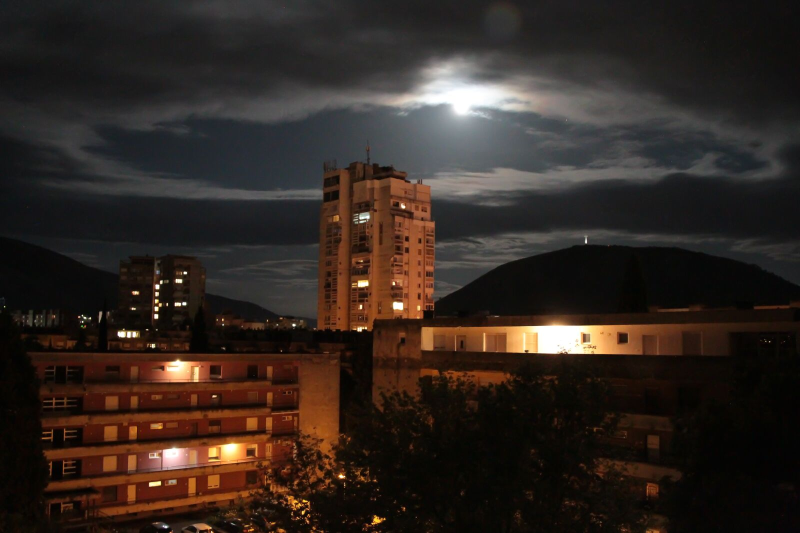 """Canon EOS 7D sample photo. """"Night, city, clouds"""" photography"""