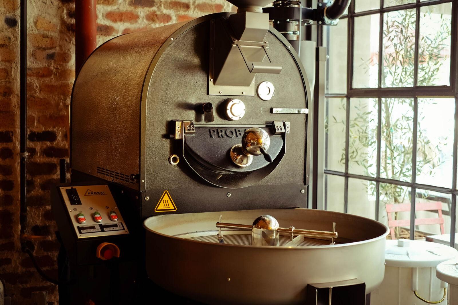 "Fujifilm X-Pro1 sample photo. ""Coffee, machine"" photography"
