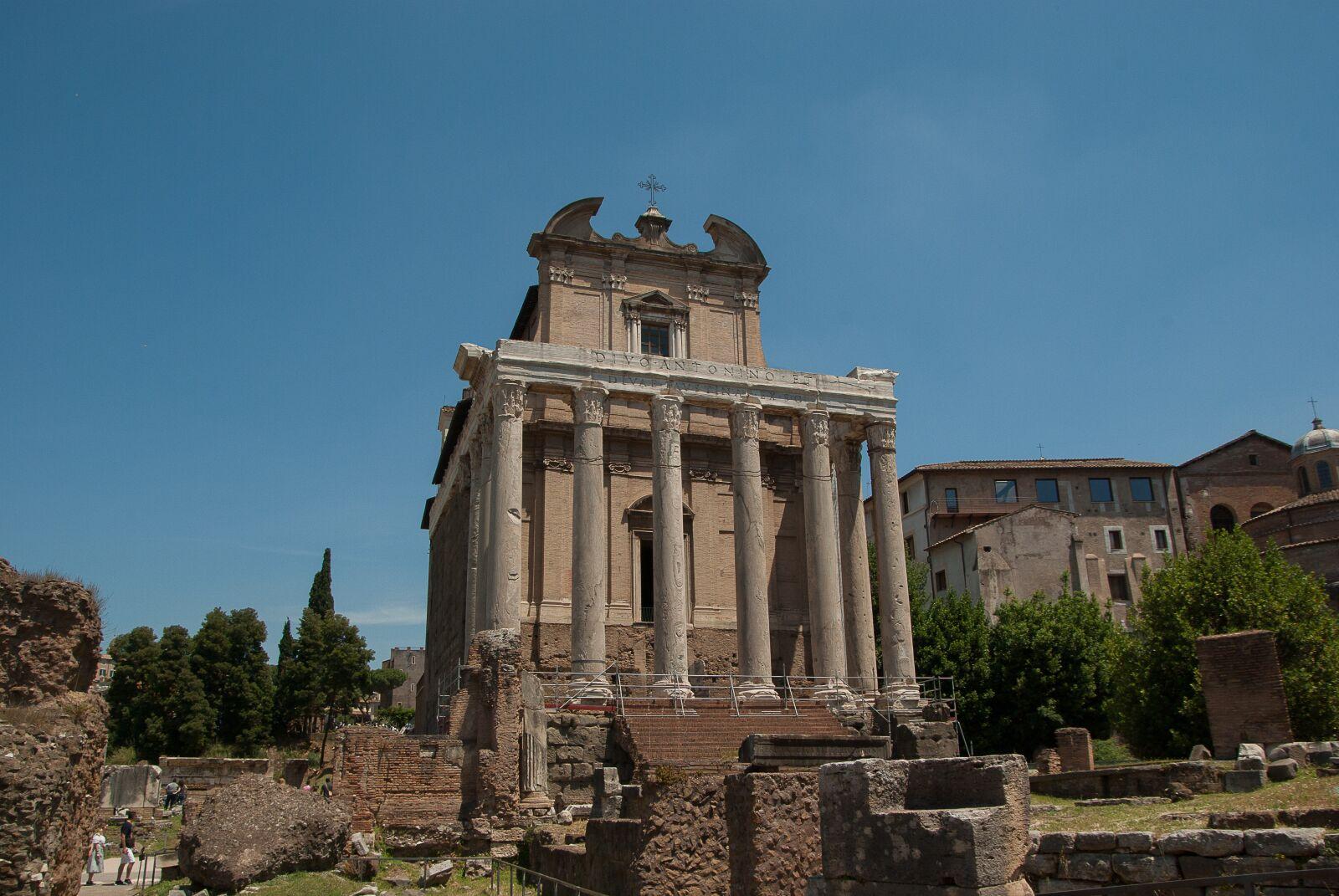 "Pentax K10D sample photo. ""Rome, forum, temple"" photography"