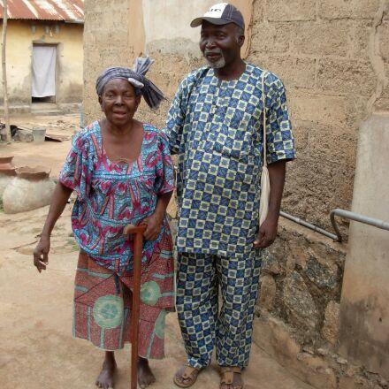 senior citizens, seniors, africa, Nikon COOLPIX L5