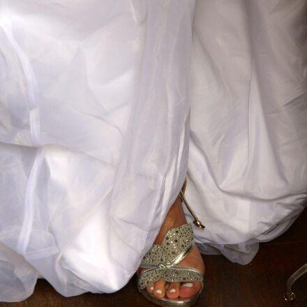wedding, shoes, bride, Canon EOS 600D