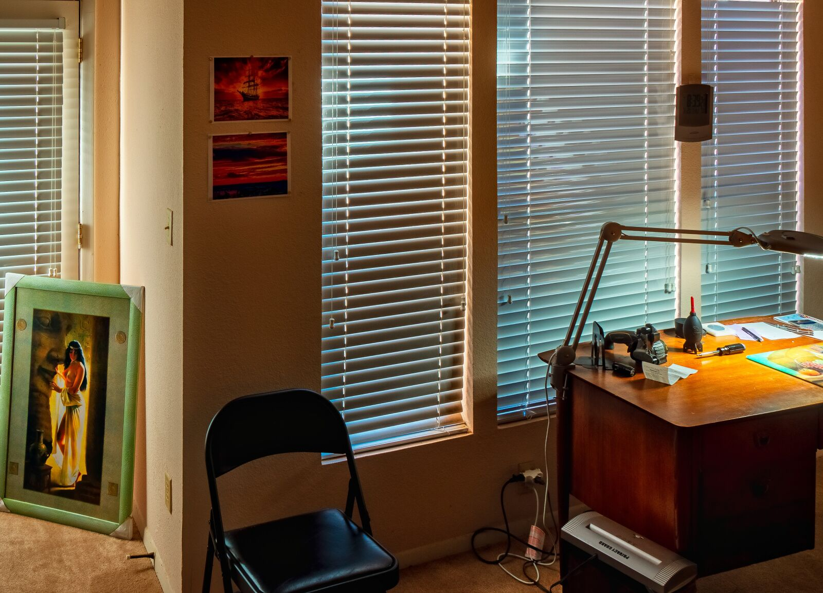 "Sony Alpha NEX-7 sample photo. ""Venetian blinds, light, dark"" photography"