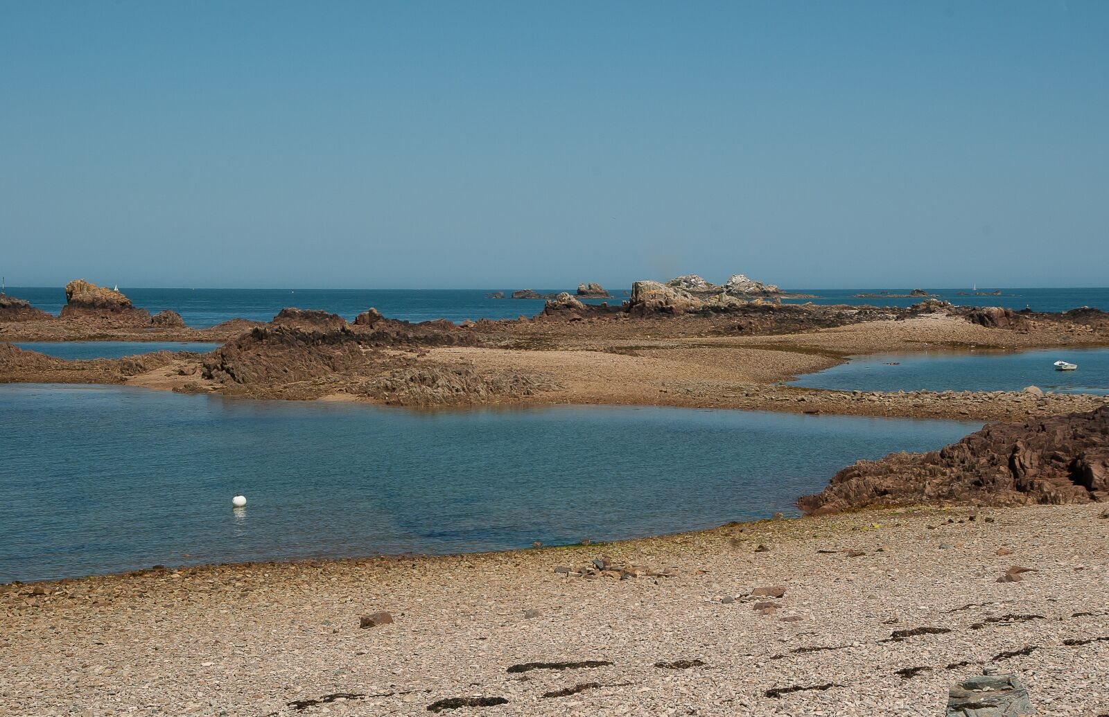 """Pentax K10D sample photo. """"Brittany, low tide, br"""" photography"""