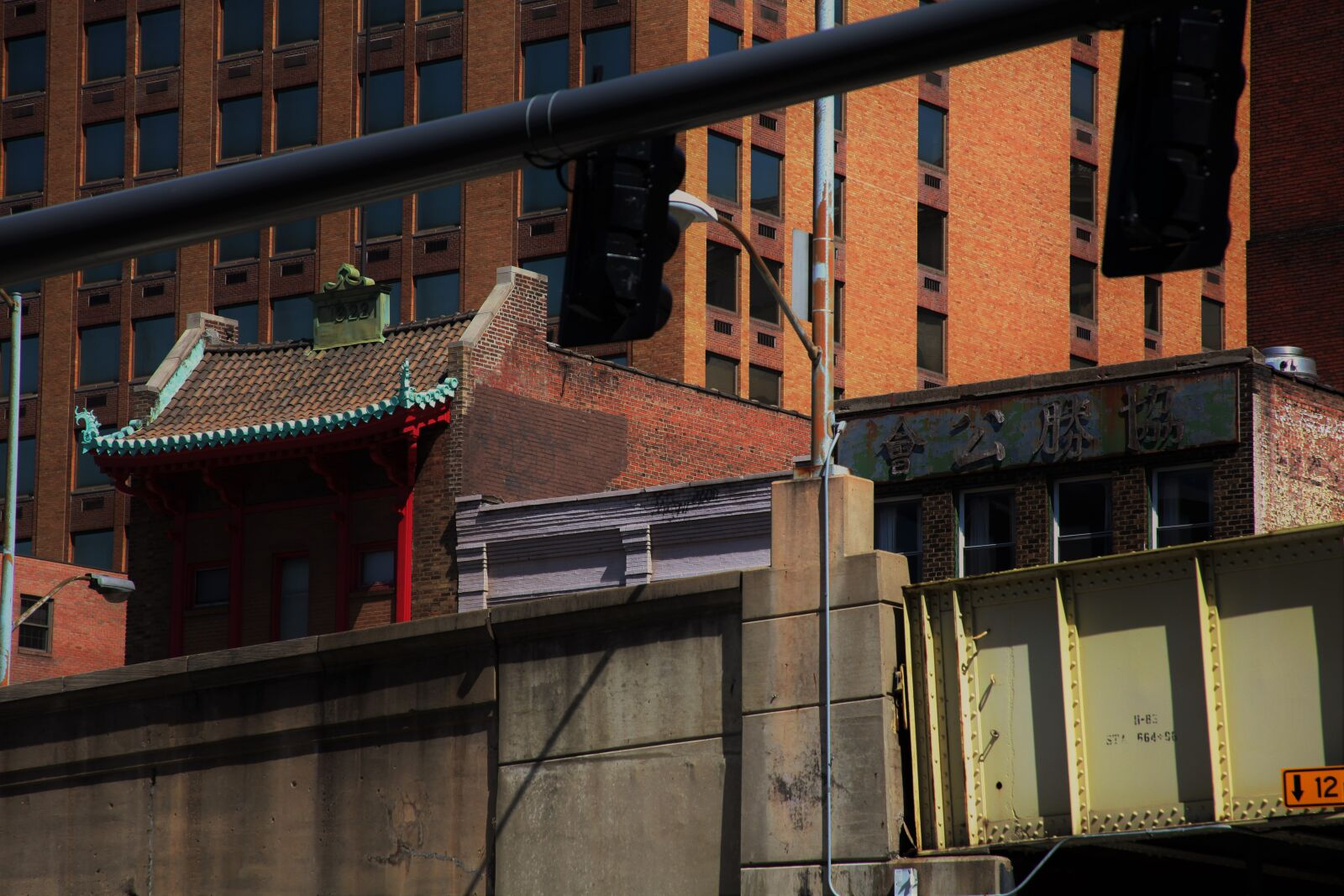 chinatown, city, downtown, Canon EOS 5D MARK II, Canon EF 28-135mm f/3.5-5.6 IS