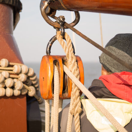 brown, rope, on, a, Sony SLT-A58