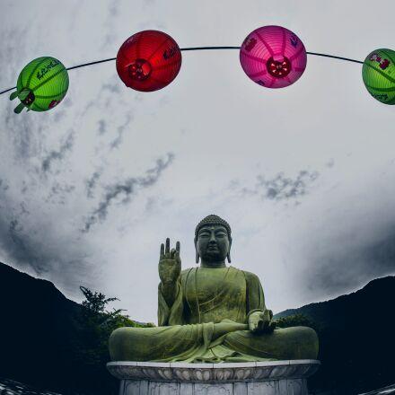 chungnam, lantern, bronze buddha, Canon EOS 5D MARK II