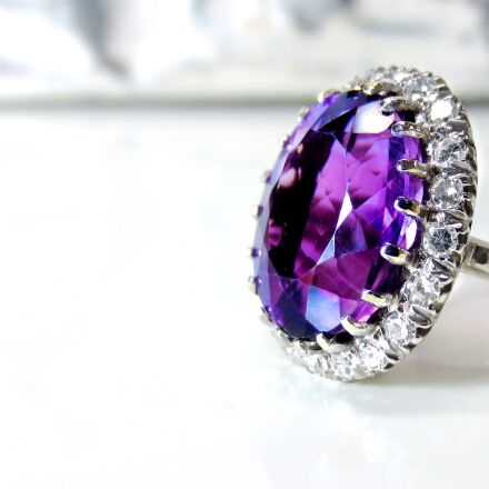 amethyst, white gold, diamond, Canon POWERSHOT ELPH 110 HS