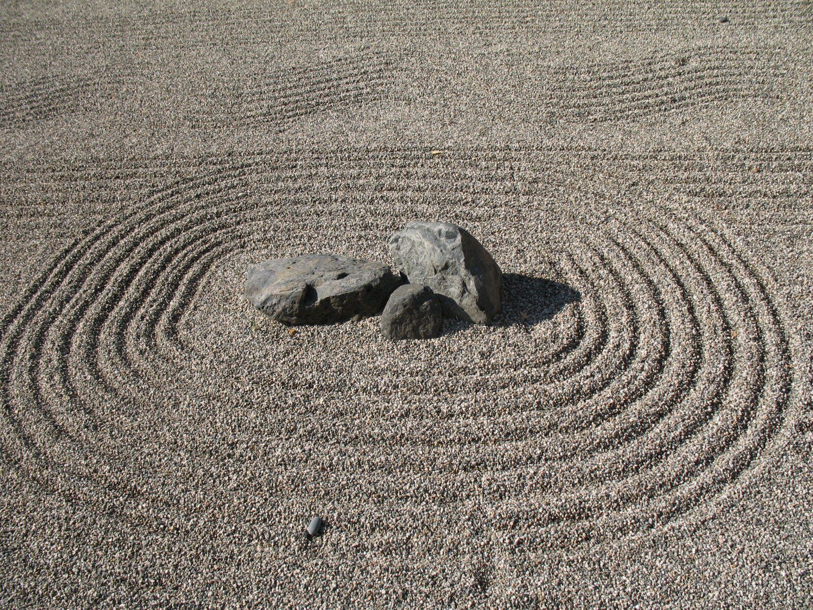 """Canon POWERSHOT A620 sample photo. """"Rock, garden, zen"""" photography"""