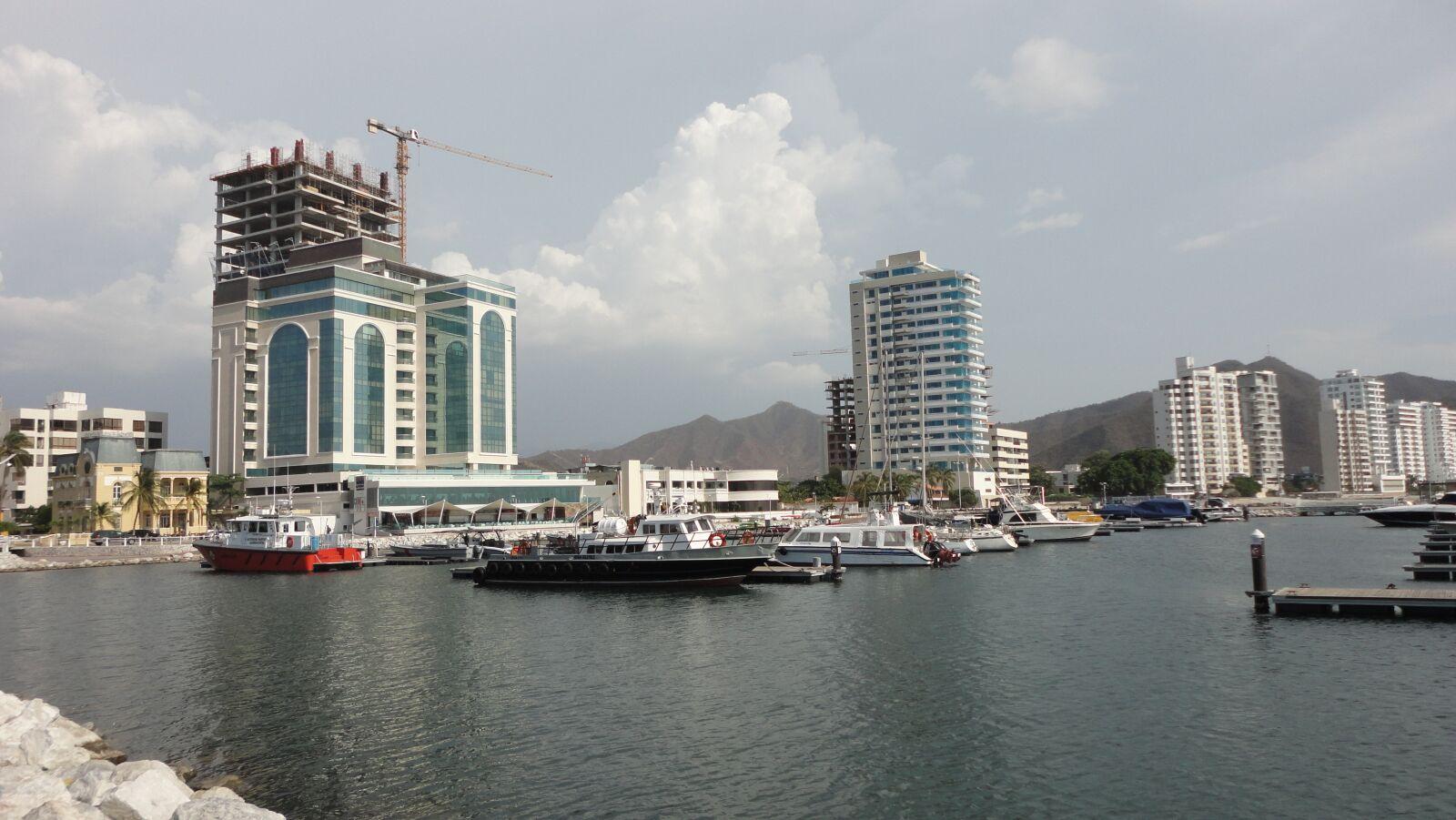 """Sony DSC-W350 sample photo. """"Marina, boats, spring"""" photography"""