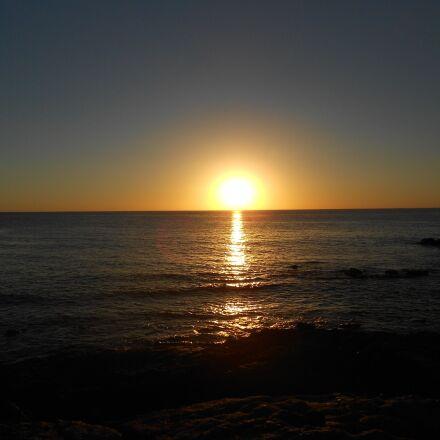 sunset, beach, sun, Nikon COOLPIX S2600