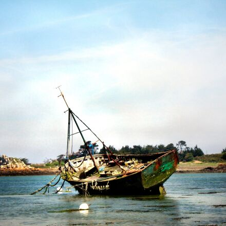 boat, ship, old boat, Sony DSC-W17