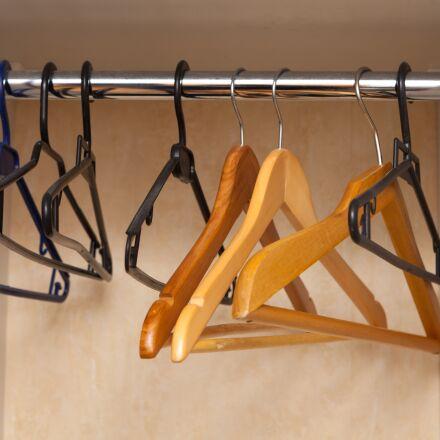 hanger, clothing, metal, Canon EOS 5D MARK II