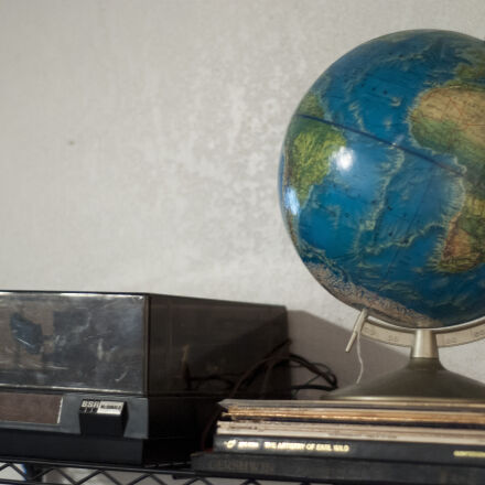 globe, record, record, player, Nikon D90