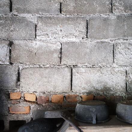 pans, pot, tiles, village, Samsung NX mini