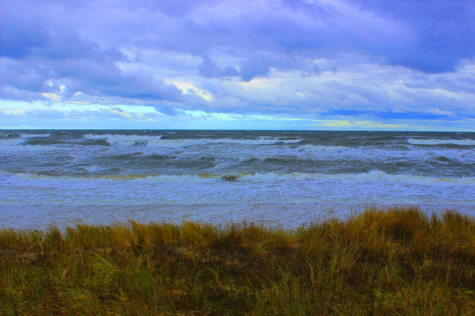 """Canon EOS 600D (Rebel EOS T3i / EOS Kiss X5) sample photo. """"Clouds, sea, wave"""" photography"""